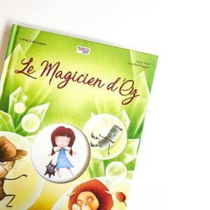 🧝♀️C'est le Magicien d'Oz ! 🧚♀️   ✨À découvrir au plus vite avant de partir en vacances ! 🏝 . . . . . . . #sassi #sassijunior #magicien #magiciendoz #livrejeunesse #livreadecoupe